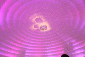 Tente igloo avec boule disco Chapiteaux CDQ