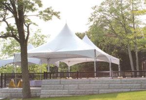 un événement privé, location de chapiteaux à structures autoportantes un pignon